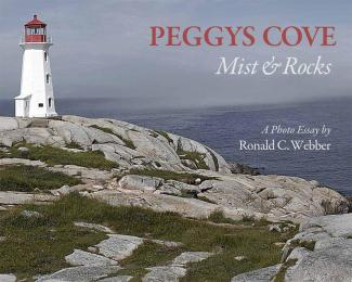 Peggy's Cove – Mist & Rocks