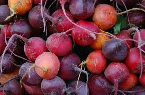 Side Effects + Wonderful Health Benefits of Beetroots