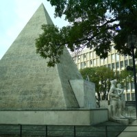Seen from trambus: Pyramid