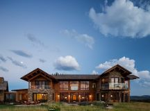 A Lovely Home Defined By Wood And Stone: The Rabbit Brush ...
