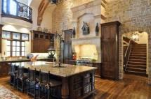 Gorgeous Kitchen Design With Tuscan Decor