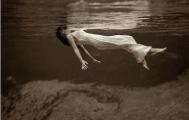 Onderstroom-Nina-Elshof-Feng-Shui-Undercurrent-Toni-Frissell