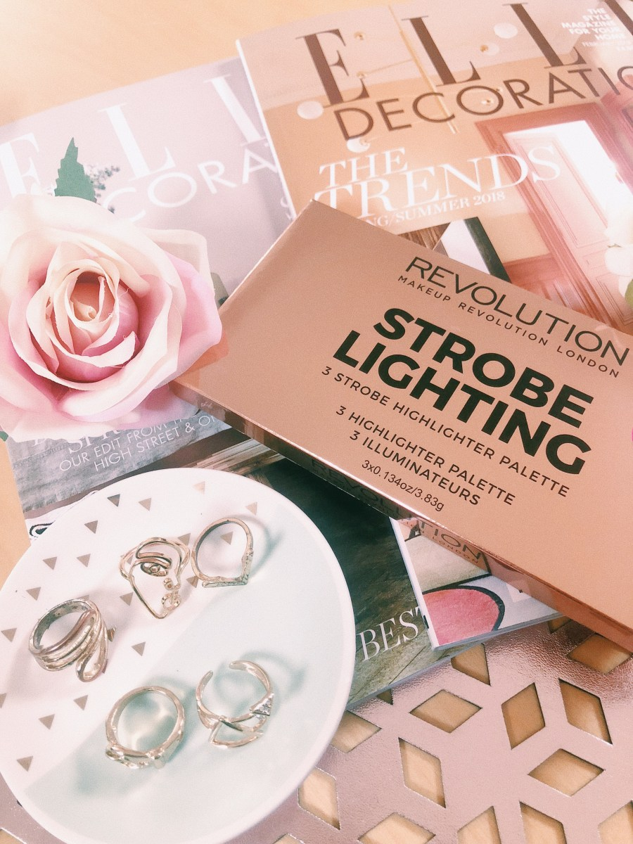 MAKEUP REVOLUTION: STROBE LIGHTING PALETTE REVIEW