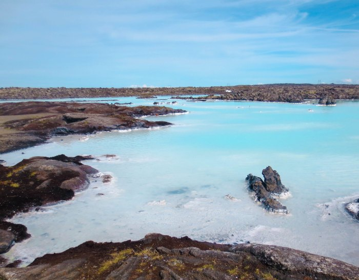 Iceland Pools: Tips for Visiting the Blue Lagoon and City Thermal Pools