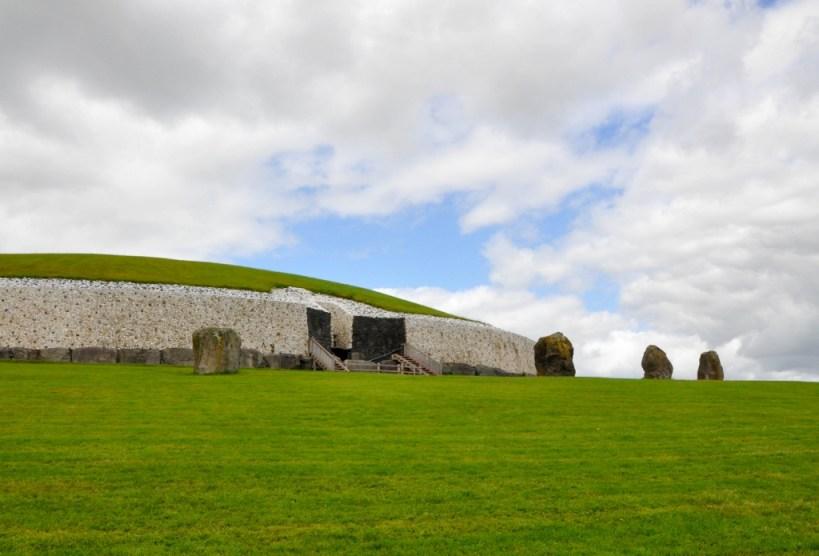 Ireland Day trip from Dublin to Newgrange