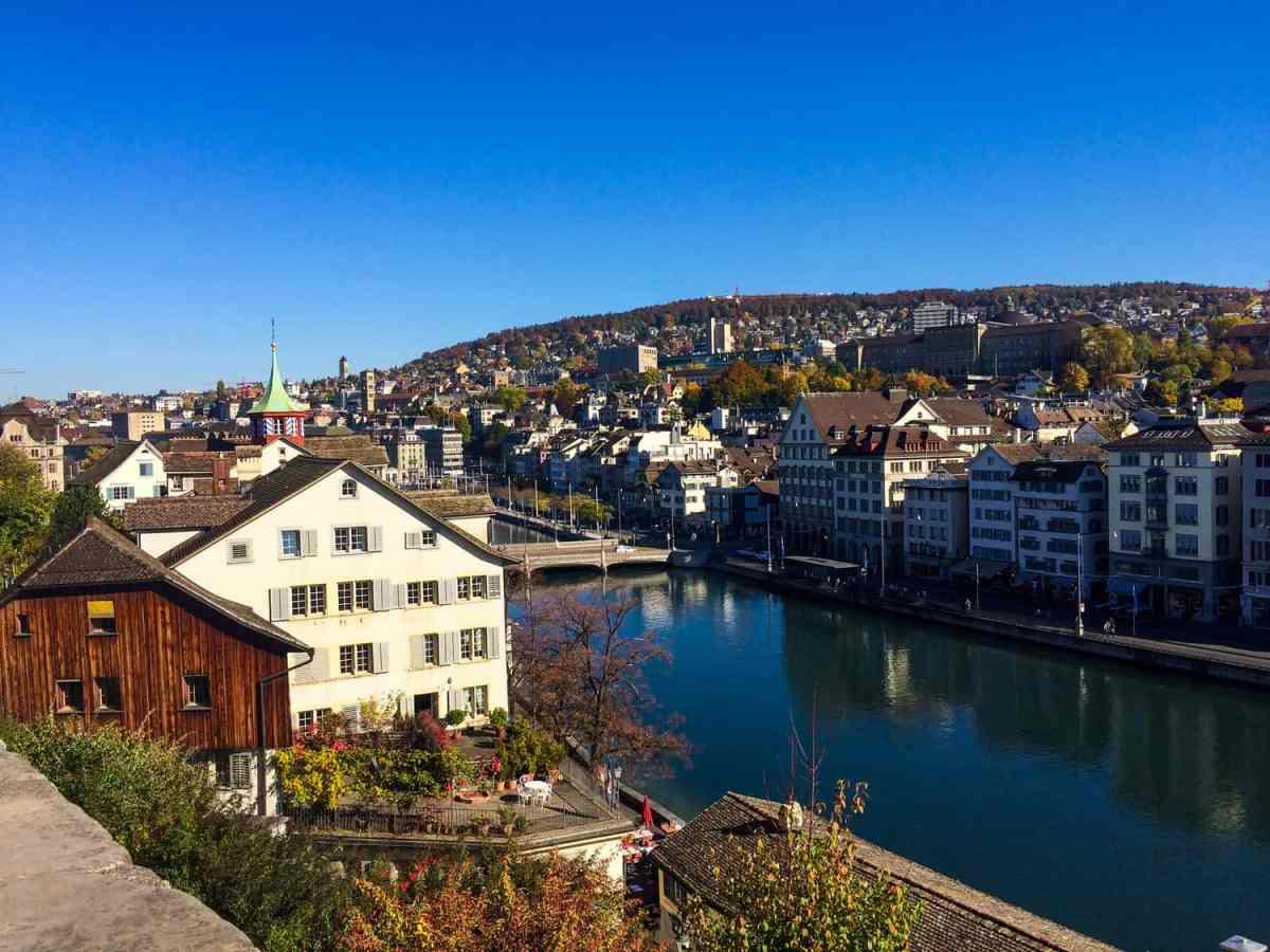 zurich in one day - views of Lake Zurich