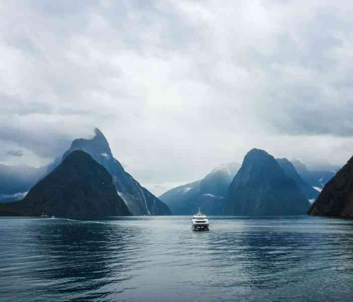 The Complete Guide to New Zealand: South Island