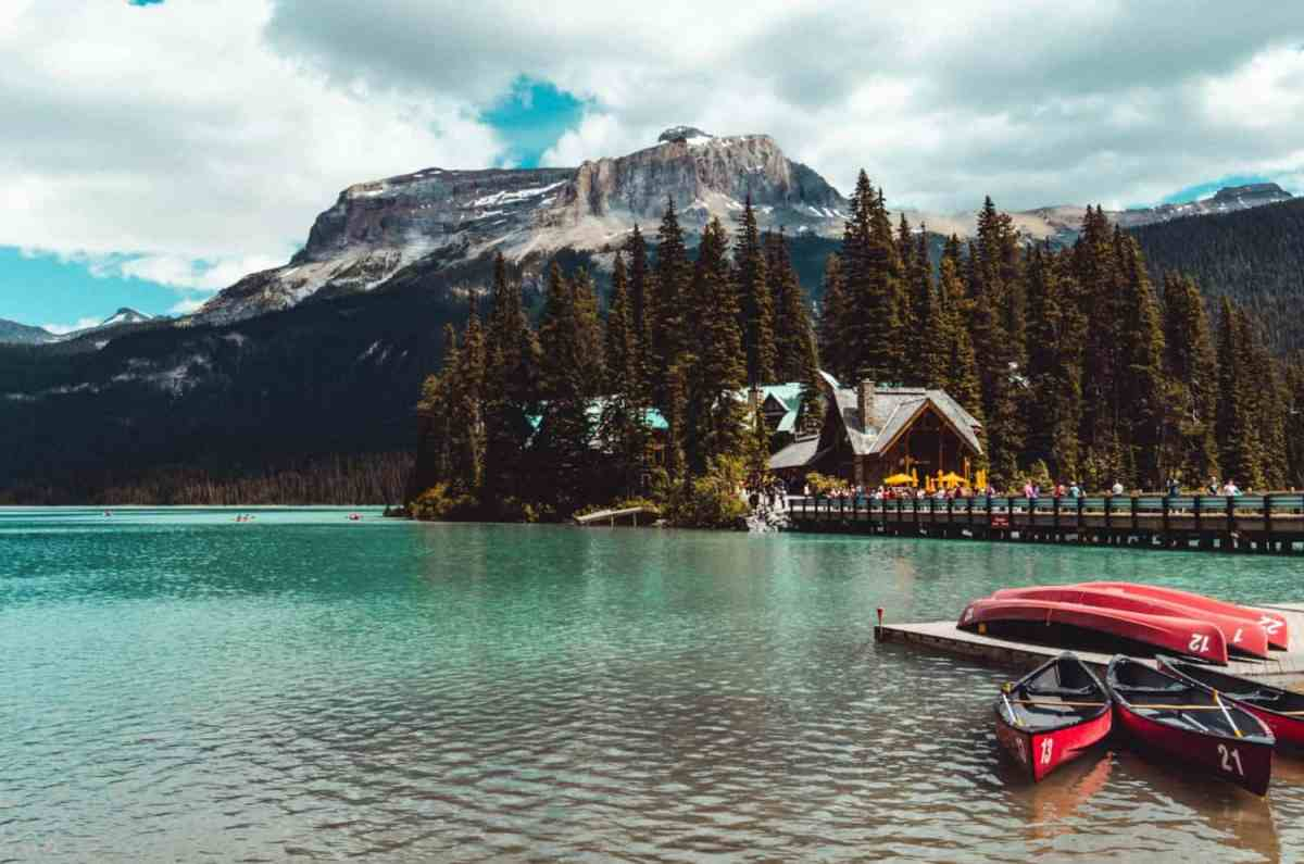 Ultimate Canadian Bucket List for Adventure Travellers