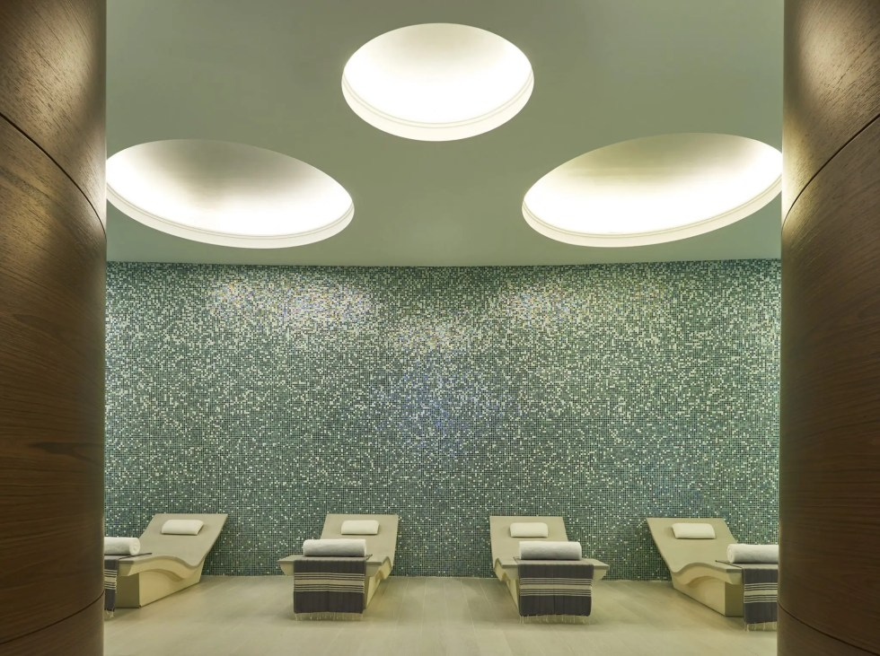 The Heavenly Spa. 4
