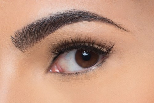 Olivia Mink Lashes, close up of ladies eye wearing false eyelash