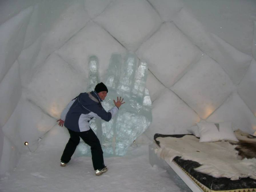 ice-hotel-5