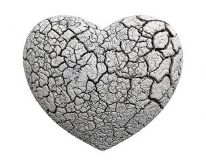 cracked-heart