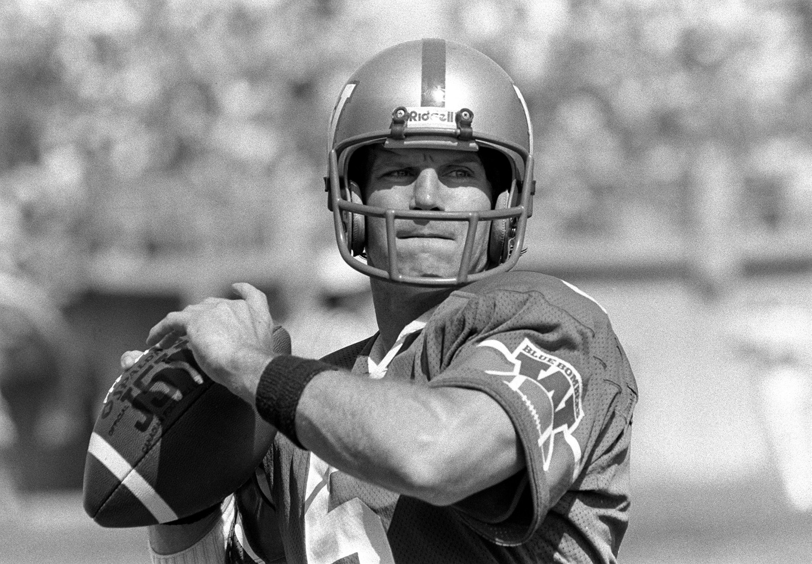 Great CFL Pivots: Dieter Brock