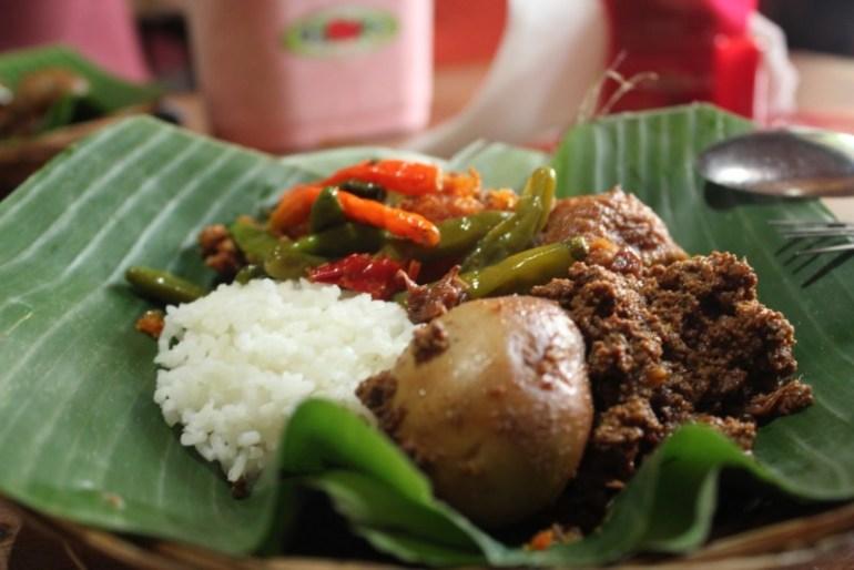 Gudeg salah satu makanan khas Jogja