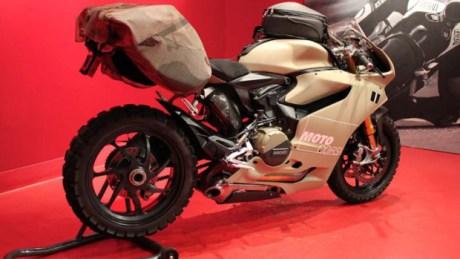 Ducati-1199-TerraCorsa-MotoCorsa-03-620x350