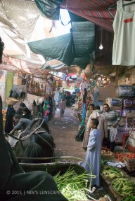 Luxor's traditional market - the route where we were conned by one of those 'pushy' horse & carriage men