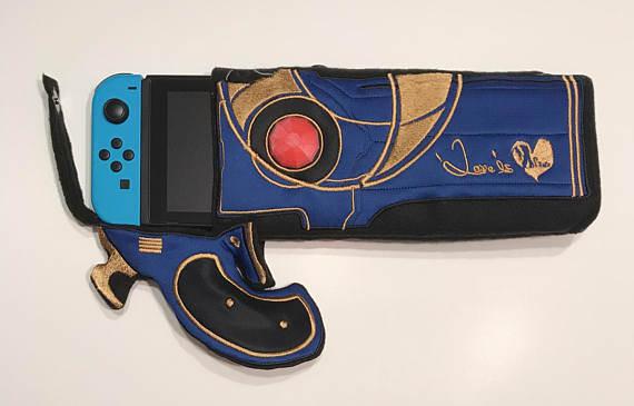 bayonetta-gun-switch-case-red-pic-2