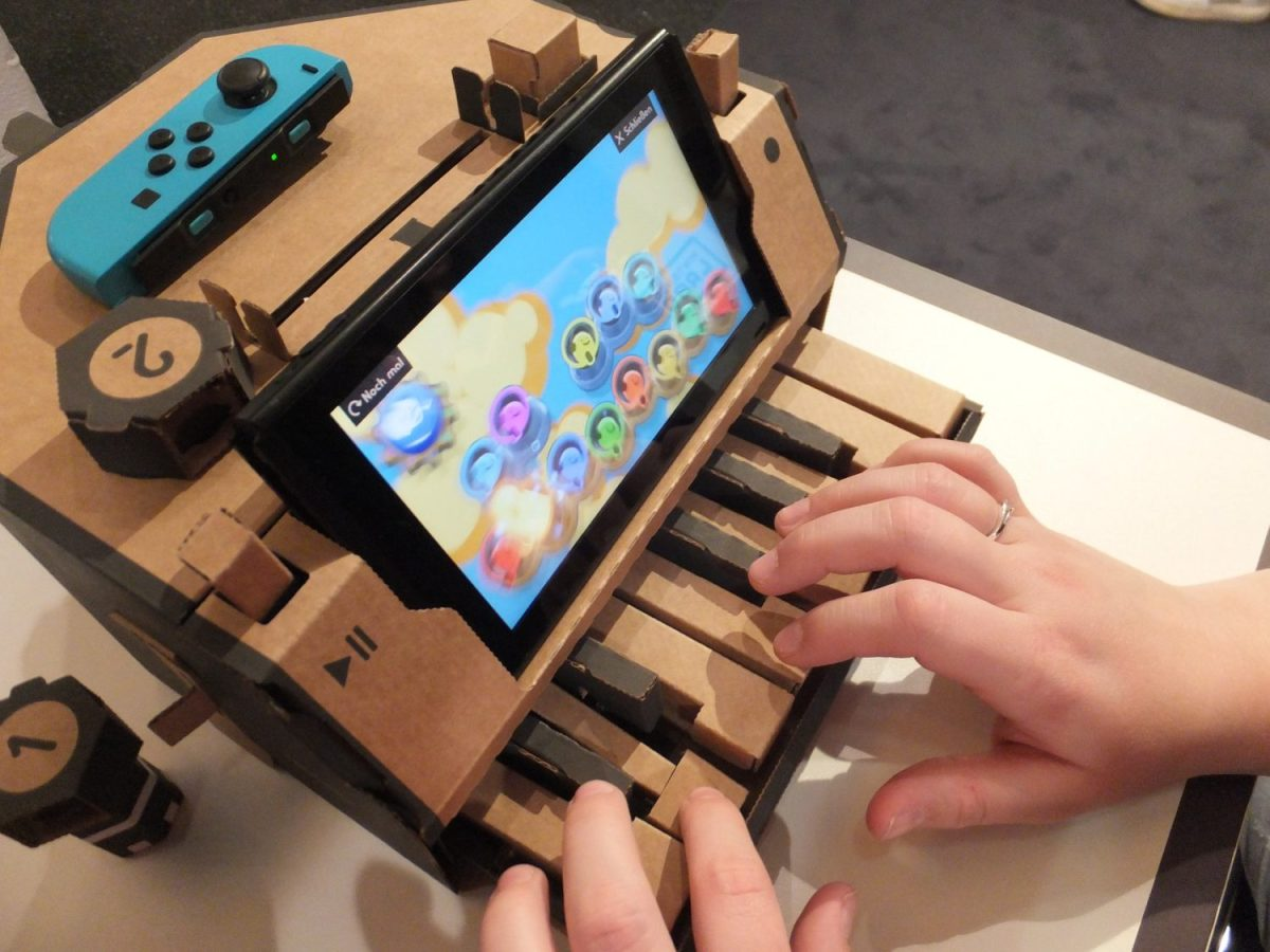 Japanese Twitter User Shows Off His Epic Piano Skills On Nintendo Labo