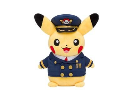 pokecen-itami-airport-merch-1