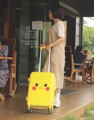 pokemon-korea-pikachu-luggage-4