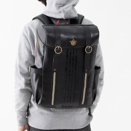 supergroupies-bayonetta-backpack-feb212020-1