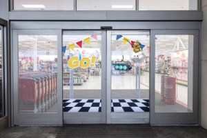 Target-Mario-Kart-Entrance