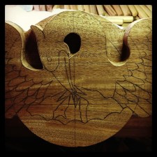 Pelican carving is ready to begin.