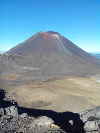 Le mont Ngaurohe ou la montagne du destin pour les fans de la Terre du milieu.