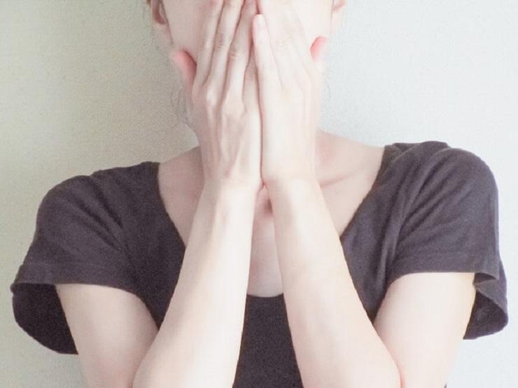 自臭症の自己診断チェックとよくある症例や体験談