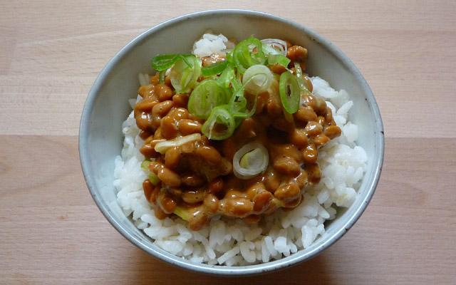 Natto mit Reis