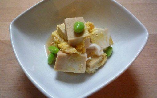 KOYA DOFU NO TAMAGO TOJI – gefriergetrockneter Tofu mit Ei