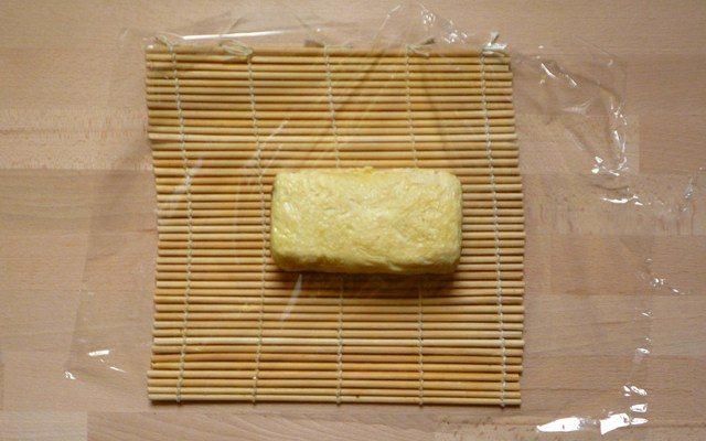 DASHIMAKI - gerolltes japanisches Omelett mit Natsuyu
