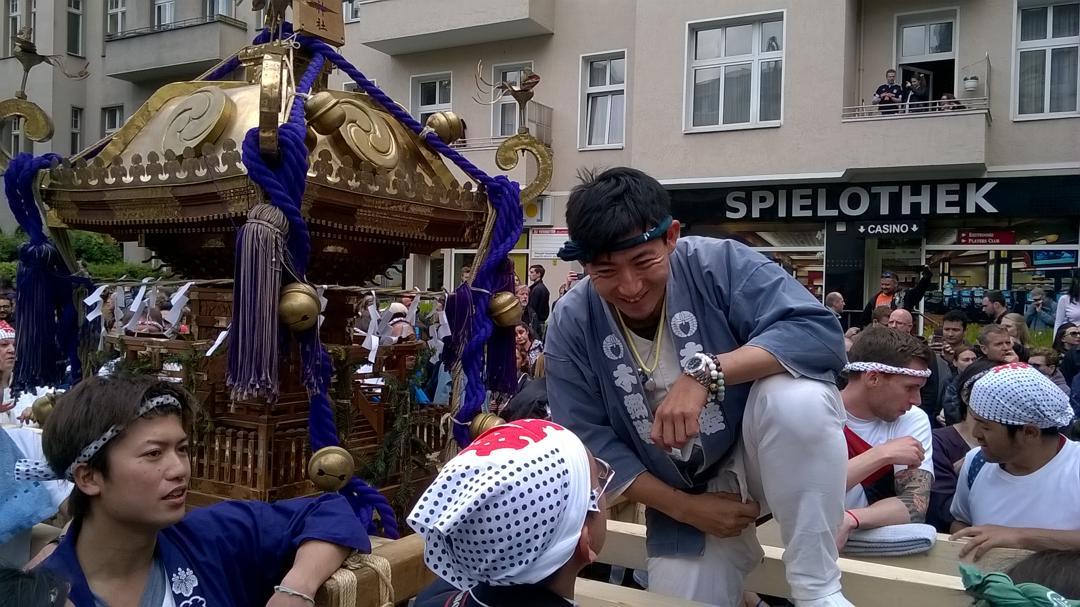 Wieder zum Mitmachen: Mikoshi auf dem Karneval der Kulturen 2017