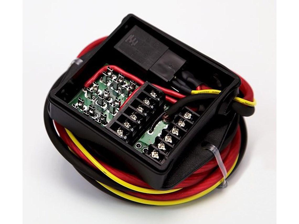 hight resolution of denali power hub fuse block with wiring harness sharetweetpin