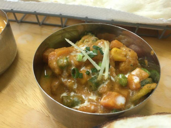 本格インド料理カマルの野菜カレー