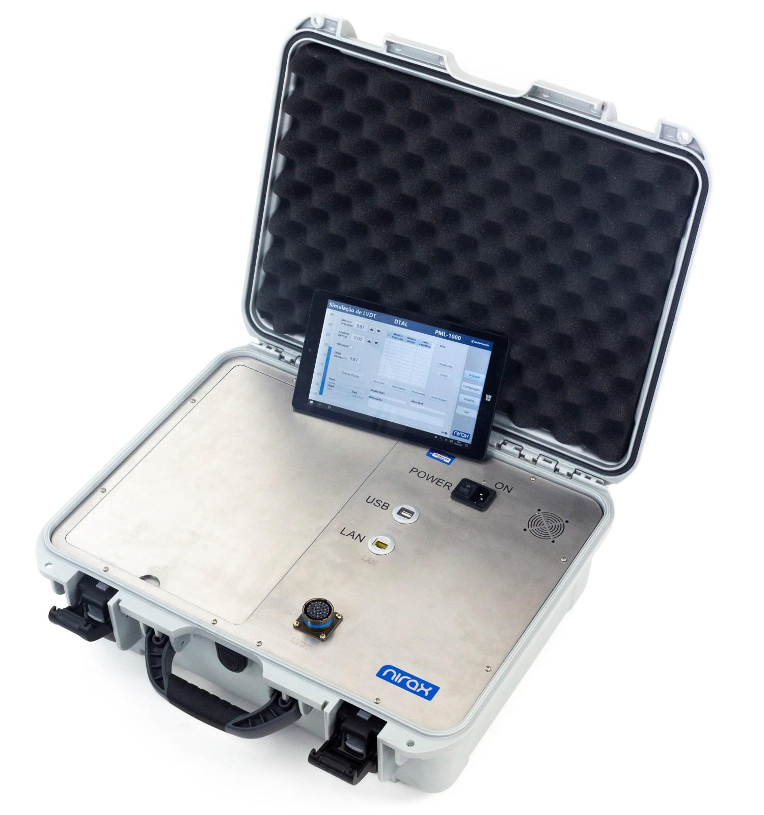 Acquire: maleta com tablet e software