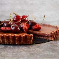 Cherry Chocolate Tart (grain-free & vegan)