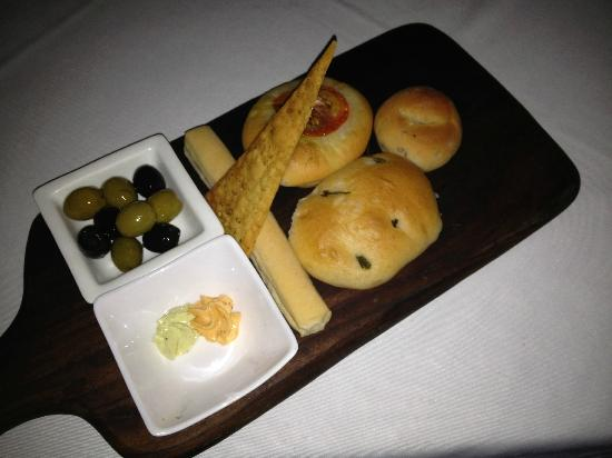 Even the complimentary bread platter was lip-smacking
