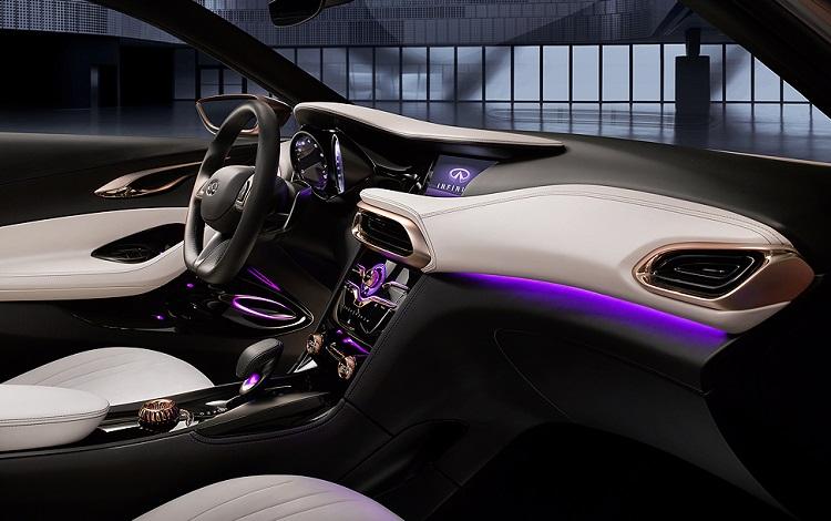 2015 Infiniti Q30 interior