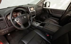 2015 Nissan Titan interior