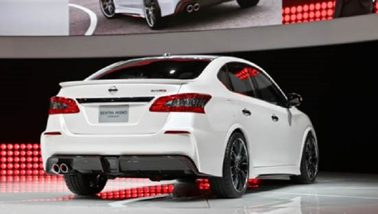 2018 Nissan Sentra Nismo rear view