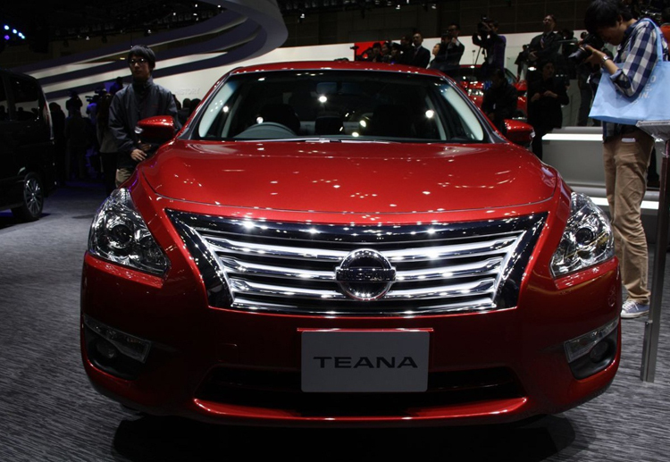 2018 Nissan Teana front
