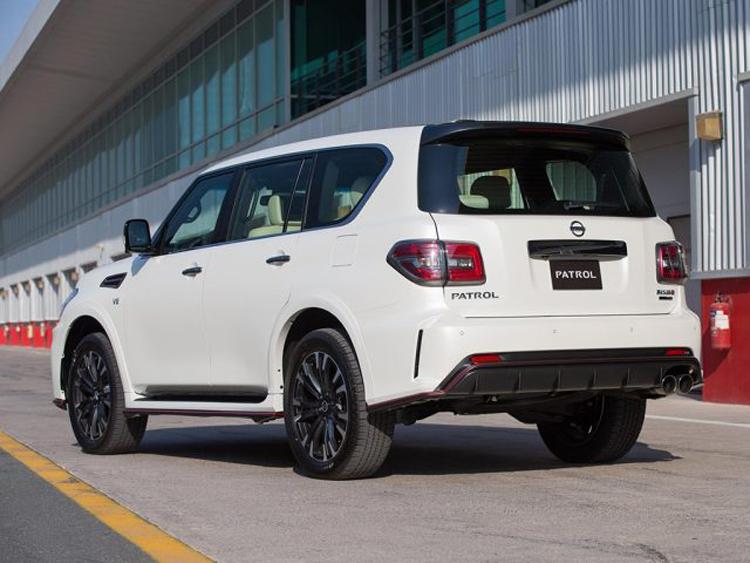 2018 Nissan Patrol rear