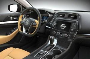 2018 Nissan Maxima Nismo cabin