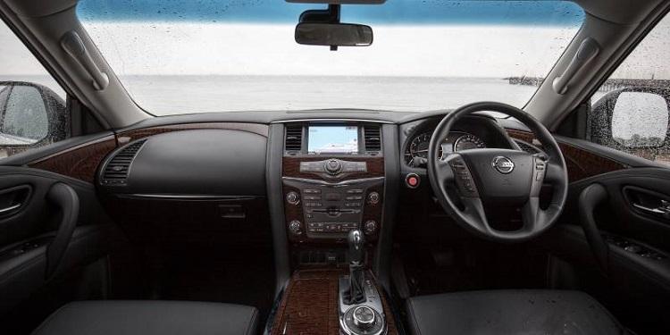2017 Nissan Patrol Y62 interior