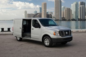Nissan NV Cargo front