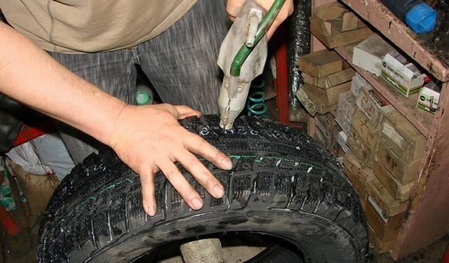 Osshipovka Winterbanden Doe het zelf zonder een pneumaticistool