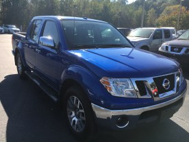 13-frontier-crew-cab-sl-metallic-blue-gray-steel-leather-navigation-nissan-of-lagrange-atlanta-auburn-columbus-newnan-781429a-3