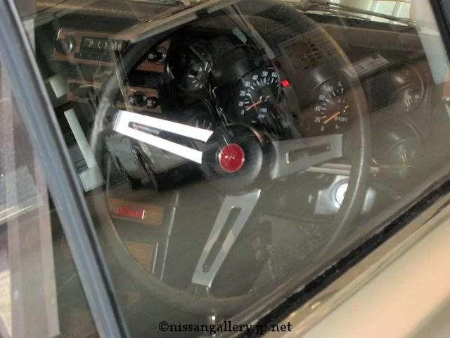 ハコスカGT-R 運転席