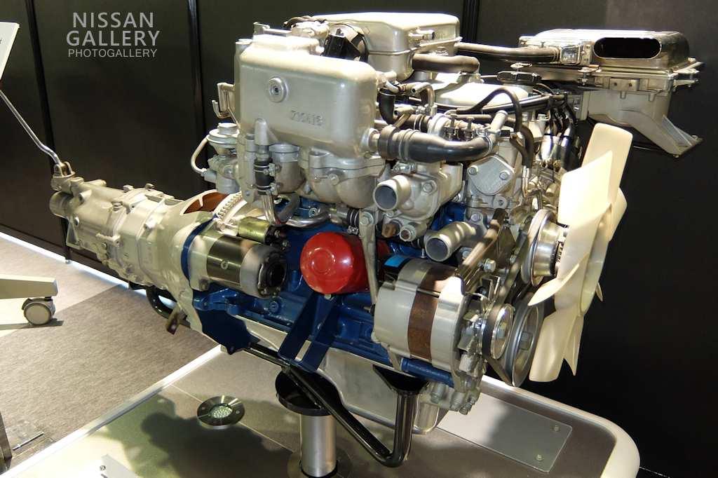 Z型エンジン